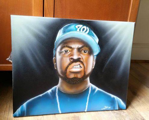 Ice Cube mean muggin'